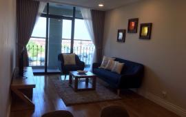 Cho thuê căn hộ 27 Huỳnh Thúc Kháng, DT 130m2, 3 phòng ngủ, full nội thất. Giá thuê: 12 tr/tháng