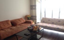 Cho thuê căn hộ Licogi 13, DT 114m2, 3 phòng ngủ, có đồ, giá 9 tr/tháng. LH: 0936 381 602