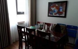 Cho thuê căn hộ chung cư 172 Ngọc Khánh, 115m2, 3 phòng ngủ, đủ đồ,0936388680