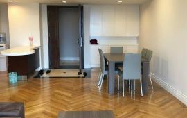 Cho thuê CHCC Vincom Center Bà Triệu, tầng 20, 84m2, 1 phòng ngủ, nội thất đẹp 25tr/tháng.