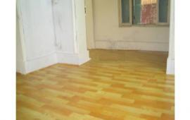 tôi có căn hộ tập thể cho thuê tại  tầng 1 tại Lý Nam Đế.