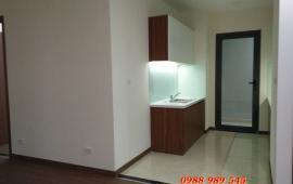 Cho thuê căn hộ Ruby 2 Chung cư Goldmark City, 107m2, 3PN cơ bản, chỉ 8 tr/th. LH 0904.600.122.