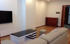 Cho thuê căn hộ 172 Ngọc Khánh, diện tích 112m2, 3PN, đủ đồ, giá thuê 14 tr/tháng. LH: 0936 381 602