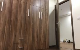 Cho thuê chung cư tai FLC complex có 2 phòng ngủ diện tích 70 đủ đồ có thể chuyển vào ở luôn