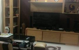 Cho thuê CHCC với 2 phòng ngủ, đủ đồ tại 165 Thái Hà. diện tích 63m2. Giá 9.5 triệu/ 1 tháng. LH: 0936356604. anh Đức.