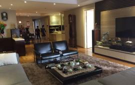 Chính chủ cho thuê căn hộ tại chung cư D2 Giảng Võ, 130m2, 3PN, đủ đồ giá 20 triệu/tháng