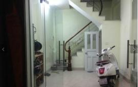 Cho thuê nhà 6 tầng ngõ 360 Xã Đàn Đống Đa, 23m2, 2PN đầy đủ đồ, ngõ 10m nhà sạch đẹp,LH 0981218116