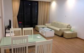 Cho thuê căn hộ tại tòa 57 Láng Hạ, diện tích 122m2, 2PN, full đồ đẹp, giá 15 tr/th, LH: 0961779935