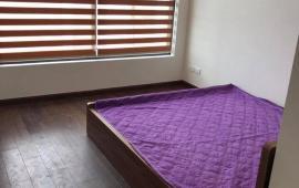 Cho thuê căn hộ ở Five Star số 2 Kim Giang, 80m2, 2PN đủ 10 tr/tháng, nhà mới đẹp. LH: 01643801360