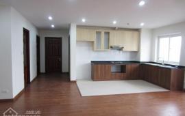 Cho thuê căn hộ ở N04 Dịch Vọng, căn hộ 2 phòng ngủ, đồ cơ bản, giá 9 triệu/th. Liên hệ 0961779935