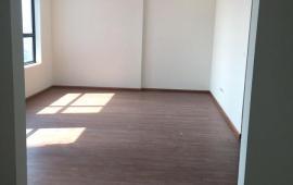 Cho thuê căn hộ TSQ 76m2, 2 PN, đồ cơ bản, 7tr/tháng. LH: 01643801360