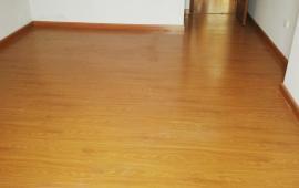 (0163339886) Cần cho thuê chung cư HH2 Bắc Hà nhà có sàn gỗ, bếp, nóng lạnh, điều hòa, giá 8 tr/th