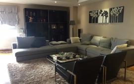 Cho thuê căn hộ tại tòa Ngọc Khánh Plaza, DT: 161m2, 3PN, full đồ, giá 18tr/th