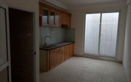 Cho thuê căn hộ tập thể 445 Kim Mã, DT: 72m2