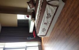 Cho thuê căn hộ tại Eurowindow, diện tích 160m2, gồm 3 phòng ngủ, 3 vệ sinh, đầy đủ nội thất hiện đại, Giá thuê 20tr/tháng. Liên Hệ 0914142792.