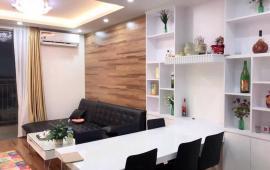 Cần cho thuê căn Park 3, 1 phòng ngủ, không đồ với giá 8 triệu.0989675521