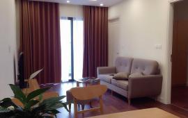 Cho thuê căn hộ Hyndai 90m, 2n đủ đồ  600usd.LH: 01643801360