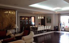Cho thuê căn hộ chung cư Royal City R2, 181m2, 3PN, đủ đồ, 28 triệu/tháng (căn hộ sửa thiết kế)
