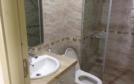 Cho thuê căn hộ ở 102 Trường Chinh, 3 phòng ngủ, giá thuê 7.5 triệu/th, LH 016 3339 8686