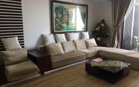 Cho thuê căn hộ 120m2 Indochina Plaza IPH, tầng 19, 3PN, căn góc, đủ đồ, giá 28tr/th. LH 0936178336