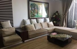 Cho thuê căn hộ 120m2 Indochina Plaza IPH, tầng 19, 3PN, căn góc, đủ đồ, giá 28tr/th. LH 0981993455