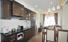 (016 3339 8686) Cho thuê chung cư 173 Xuân Thủy 92m2, 2 phòng ngủ, đồ cơ bản 8 triệu/th