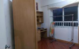 Cho thuê căn hộ chung cư HH2 Bắc Hà 100m2, 2 ngủ, nguyên bản, giá 7tr/th. Call: 0987.475.938