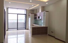Cho thuê CHCC tại Tràng An Complex với 2 phòng ngủ, nội thất cơ bản, giá cho là 9 triệu/1 tháng.