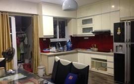 Cho thuê căn hộ chung cư Hòa Bình Green Apartment 376 đường Bưởi, 2 ngủ, full đồ, (có ảnh)