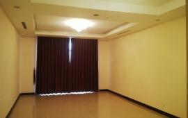 Chính chủ cho thuê căn hộ Royal City, tầng 20, DT: 133m2, 2PN, giá 17tr/tháng. LH: 0936388680