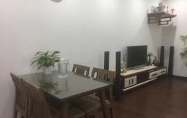 Chính chủ cho thuê căn hộ CC khu ĐTM Nghĩa Đô, nhà đẹp full nội thất