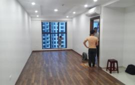 Cho thuê căn hộ chung cư cao cấp Tràng An Complex, căn hộ rất đẹp và tiện nghi với diện tích 87m2