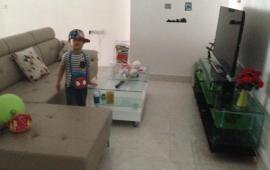 Cho thuê căn hộ chung cư Eco Green 67.6m2, 2 ngủ, đồ cơ bản, giá 5tr/th Call: 0987.475.938
