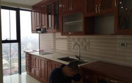 Cho thuê căn hộ chung cư Golden Land 90m2, 2 ngủ, nội thất cơ bản giá 9tr/th- LH : 0987.475.938