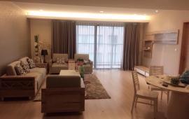 Cho thuê căn hộ cao cấp N04 Trần Duy Hưng 3 phòng ngủ, đủ đồ, DT 128m2 giá 17 triệu/tháng