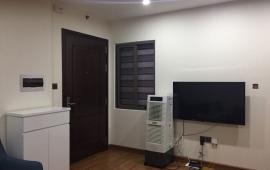 Cho thuê căn hộ Penthouse cực đẹp tại tòa Hapulico, 236m2, 4PN, đồ cơ bản, 30tr/th. LH: 0918327240.