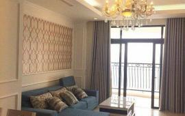 Chính chủ cho thuê CHCC Royal City, tầng 19, DT: 136m2, 3PN, đủ đồ, giá 20 tr/tháng. LH: 0966228552