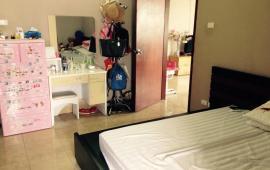 0943.415.423. Cho thuê CHCC 107 Nguyễn Chí Thanh 93m2, 3 PN, 2 vệ sinh, full nội thất, 11tr/th