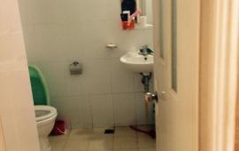 Cho thuê căn hộ chung cư D22 Trần Bình, sau bến xe Mỹ Đình, 2 phòng ngủ đủ đồ