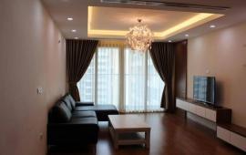 Cho thuê chung cư Mandarin Garden căn góc 172m2, đủ đồ, giá 23 tr/tháng. Liên hệ: 0982906149