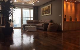 Cho thuê CHCC Hei Tower, tầng 18,148m2, 3 phòng ngủ, nội thất tốt 15tr/tháng LH: 0918441990