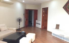 Tôi cần cho thuê gấp căn hộ tại 173 Xuân Thủy - Cầu Giấy, nội thất đẹp đầy đủ