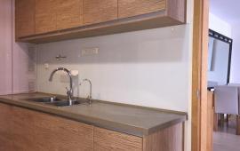 Cho thuê căn hộ chung cư cao cấp Royal City, diện tích 100m2, 2 phòng ngủ, đủ đồ, giá 21tr/tháng