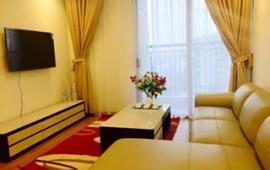 Cho thuê căn hộ chung cư số 6 Đội Nhân, Ba Đình, DT 72 m2 , 2 phòng ngủ , đủ đồ ,  ban công hướng Nam, giá 11 triệu/tháng