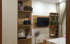 Cho thuê căn hộ chung cư B4 Kim Liên, 2 phòng ngủ đầy đủ nội thất LH: 0915 651 569