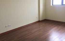 Cho thuê căn hộ 3PN, tầng đẹp, N01T2, chung cư Ngoại Giao Đoàn, Bắc Từ Liêm view Hồ Tây, 7.5tr/th