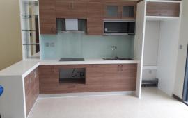 Cho thuê CH chung cư 125 Hoàng Ngân diện tích 82m2, 3 phòng ngủ, 2WC, điều hòa, tủ bếp, nóng lạnh