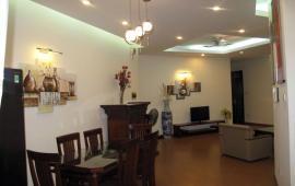 Chính chủ cho thuê CHCC Golden Land tầng 18, 111m2, 3PN, đủ đồ, giá 17tr/tháng. LH: 0947282686