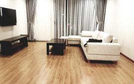 cho thuê căn hộ vin NCT137m2, 3 ngủ full đồ,  giá 2200$