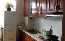 Cho thuê căn hộ chung cư Cienco 1 Hoàng Đạo Thúy. Diện tích: 110m2 gồm 03 phòng
